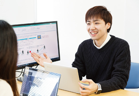 株式会社エクスライト ゲームプランナー 諏訪 智之さん [ 2016年3月卒 ]