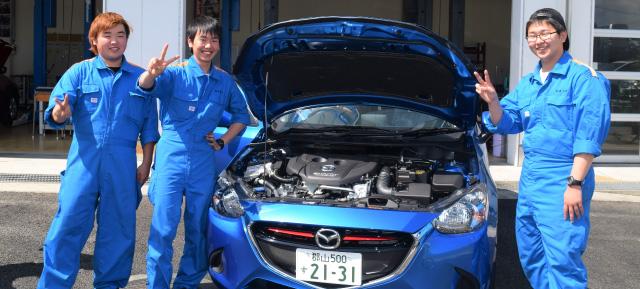 最新テクノロジーを学び、日本の車を支える自動車整備士になろう!